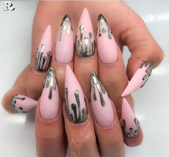 Almond Nail Design