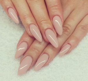 Best Nail Shape for Fat Fingers